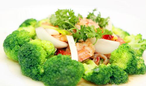 Hướng dẫn làm món bông cải xanh xào tôm nõn